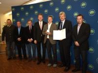 Verleihung der Umweltmedaille durch Dr. Marcel Huber an die Gemeinde Wilhelmsthal