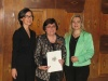 Bild vergrößert sich per Mausklick: Frau Mathilde Hutzl mit Staatssekretärin Melanie Huml