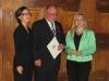 Bild vergrößert sich per Mausklick: Herr Martin Morgenroth mit Staatsekretärin Melanie Huml