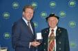 Bild vergrößert sich per Mausklick: Verleihung des Bundesverdienstkreuzes 1. Klasse an Herrn Rehm