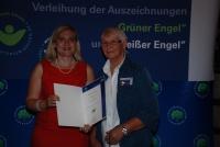Erika Schobert und Staatssekretärin Melanie Huml