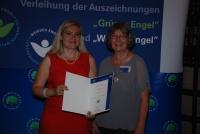 Inge Pfeifer und Staatssekretärin Melanie Huml