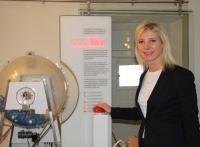 Umweltministerin Ulrike Scharf eröffnet das neue Informationszentrum zum Hochwasserschutz an der Donau im Schiffmeisterhaus Deggendorf.