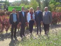 """Die bayerische Umweltministerin Ulrike Scharf besuchte heute die Gartenschau """"Natur Alzenau 2015"""". Am 22.Mai öffnet die Gartenschau offiziell ihr ePforten für die Besucher."""