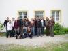 Fünfzehn Studentinnen und Studenten der Technischen Universität München bei einem einwöchigen Kurs an der Bayerischen Akademie für Naturschutz und Landschaftspflege in Laufen.