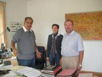 Freuen sich auf eine gute und fruchtbare Zusammenarbeit: Direktor Dr. Christoph Goppel (ANL), Ursula Schuster (ANL) und Prof. Dr. Jürgen Breuste von der Universität Salzburg (v.l.) ( Foto: E. Duncan