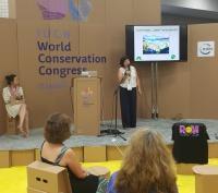 Katalin Czippan stellt ECOGON vor auf dem IUCN Weltcongress, Foto ANL, IUCN