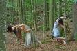 Junge Tänzerinnen und Tänzer studierten jüngst im Nationalpark Bayerischer Wald erste Choreographien für ein neues Werk zum Thema Wildnis ein. (Foto: Berny Meyer)