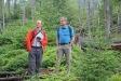 Christian Wirth (links), Professor an der Universität Leipzig, ließ sich von Nationalparkleiter Franz Leibl den Prozessschutz im Bayerischen Wald erläutern. (Foto: Elke Ohland/Nationalpark Bayerischer Wald)