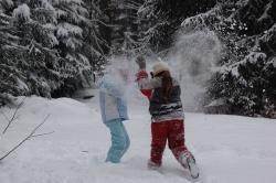 Spiel, Spaß und Spannung ist garantiert beim Kinderferienprogramm des Nationalparks. (Foto: Dominik Grübl/Nationalpark Bayerischer Wald)