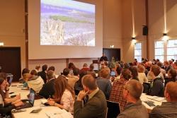 Im Filmsaal vom Neuschönauer Hans-Eisenmann-Haus tagten die knapp 200 Forscher aus über 20 Ländern. (Foto: Gregor Wolf/Nationalpark Bayerischer Wald)