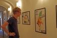 Tolle Storch-Bilder von Realschülern können derzeit im Gebäude der Nationalparkverwaltung in Grafenau bestaunt werden. (Foto: Corinna Löwert/Nationalpark Bayerischer Wald)