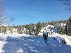 Vorbei an der Reschbachklause und hoch zum Siebensteinkopf  führt die Schneeschuhwanderung am Samstag, 3. Februar. (Foto: Sandra Schrönghammer/Nationalpark Bayerischer Wald)