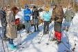 Bei der Wanderung mit Jochen Linner stehen die Spuren von Tieren im Winterwald im Fokus. (Foto: Gregor Wolf/Nationalpark Bayerischer Wald   –  Freigabe nur in Verbindung mit dem Veranstaltungshinweis)