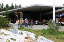 Trotz Regenwetters kamen über 2.500 Besucher am Wochenende zum Glasfest im Haus zur Wildnis. (Foto: NPV)
