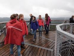 Auch den Baumwipfelpfad besuchten die Gymnasialschüler aus Sebnitz (Sächsische Schweiz) bei ihrem Aufenthalt im Jugendwaldheim Wesselyhaus des Nationalparks Bayerischer Wald