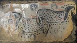 Steinzeitliche Pferdegemälde aus der Höhle von Pech Merle