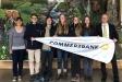 Seit 30 Jahren unterstützt die Commerzbank die Bildungsarbeit in Schutzgebieten. Alois Bauer (r.), Filialdirektor der Commerzbank und verantwortlich für die Filialen in Bad Reichenhall, Freilassing und Traunstein, begrüßt die engagierten Studierenden im Nationalpark Berchtesgaden jedes Jahr persönlich.